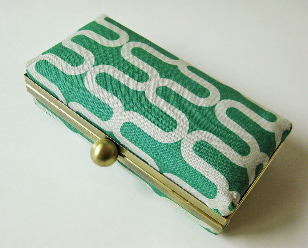Emerald green geometric clutch - hard case with chain by Oktak