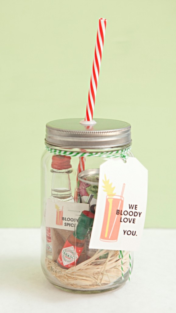 DIY Mason Jar Bloody Mary Mix Favor // Something Turquoise